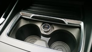 BMW 1シリーズ(F20) シガーソケットチャージャー(USB)